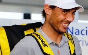 Rafael Nadal, captado en su llegada a Acapulco. (Foto: Twitter)